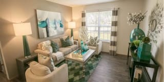 Sterling Park Apartments Photo Gallery 1
