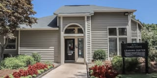 Forest Pointe Apartments Photo Gallery 1