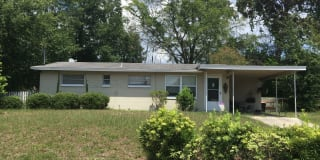 230 Lee Dr. Photo Gallery 1