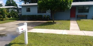 4625 SW 33 DR Photo Gallery 1