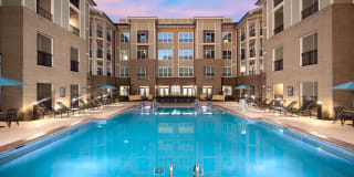 Abberly Solaire Photo Gallery 1