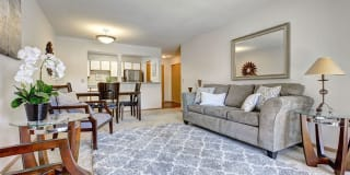 NorthPointe Apartments Photo Gallery 1