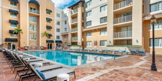 Gables Grand Plaza Apartments Photo Gallery 1