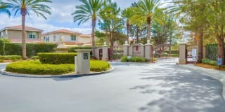 1545 ISMAIL Place Photo Gallery 1