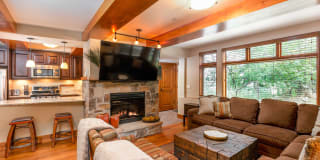 600 Carriage Way Photo Gallery 1