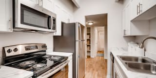 Highline Lofts Apartments Photo Gallery 1