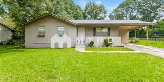 2721 Emerald Ave Photo Gallery 1