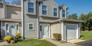 10 S Pointe Circle Photo Gallery 1