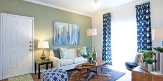Indigo Pointe Apartments Photo Gallery 1