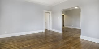 Wellesley Apartments Photo Gallery 1