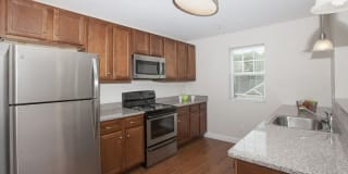 Mallory Ridge Apartment Homes Photo Gallery 1