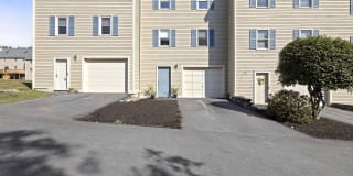 37 Fords Landing Drive Photo Gallery 1