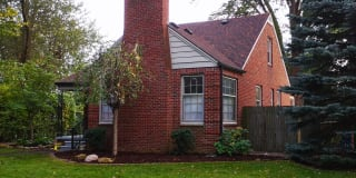 1833 Hawthorne Road Photo Gallery 1