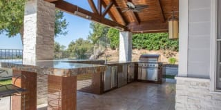 2246 Ranch View Place Photo Gallery 1