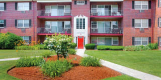 Georgetown Apartment Homes Photo Gallery 1