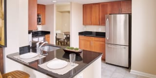 Carlyle Place Apartments Photo Gallery 1