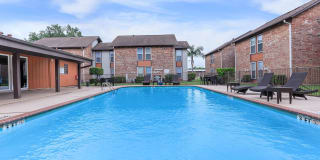 The Wilshire at Deer Park Photo Gallery 1