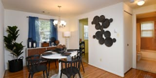 Colony Hill Apartments And Townhomes Photo Gallery 1