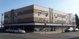 Pangea 7101 S Artesian Chicago Lawn Apartments Photo Gallery 1