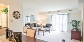 Liberty Hill Apartments Photo Gallery 1