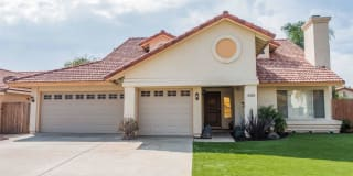 3435 Crystal Wood Dr Photo Gallery 1