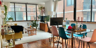330 East 75th Street Photo Gallery 1