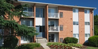 Rock Creek Apartments Photo Gallery 1