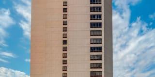300 Riverfront Dr Unit 16D Photo Gallery 1
