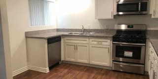 Greenbriar Woods Apartments Photo Gallery 1