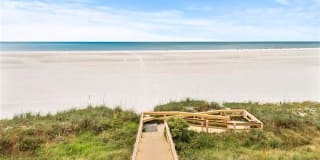 180 Seaview CT Photo Gallery 1