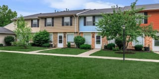 Westchester Townhomes Rental Homes Photo Gallery 1
