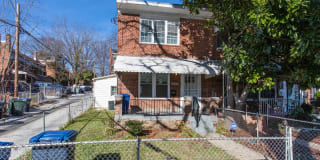 1559 FORT DUPONT ST SE Photo Gallery 1