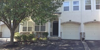 104 ROLLING HILL DRIVE Photo Gallery 1