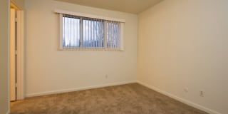 Stonleigh Apartments Photo Gallery 1