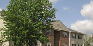 Stoneybrook Heights Apartments Photo Gallery 1