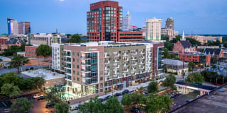 Link Apartments Glenwood South Photo Gallery 1