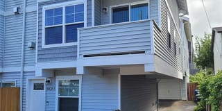 8836 Stone Ave N Unit A Photo Gallery 1