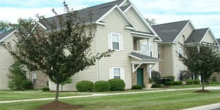 Avalon at Northbrook Apartments & Townhomes Photo Gallery 1
