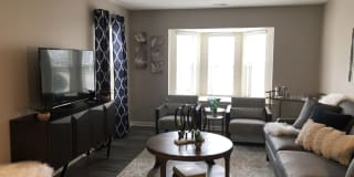 Amherst Place Apartments Photo Gallery 1