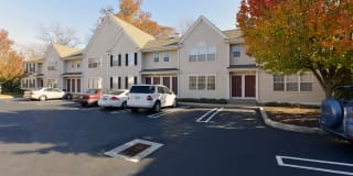 Spinnaker Hunt Apartments Photo Gallery 1