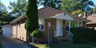 1106 Homestead Rd Photo Gallery 1
