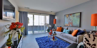 Avery Park Apartment Homes Photo Gallery 1