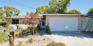 118 Lowell Ave Photo Gallery 1