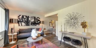 Olympus Park Apartment Homes Photo Gallery 1