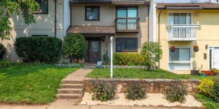 239 GREENFIELD COURT Photo Gallery 1