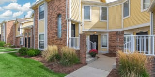 Spring Valley Apartments Photo Gallery 1