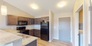 Pinnacle Point Apartments Photo Gallery 1