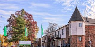 Strawbridge Green Apartments Photo Gallery 1