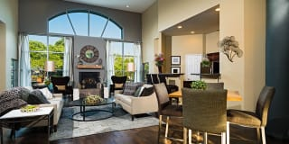Cascade Summit Apartment Homes Photo Gallery 1