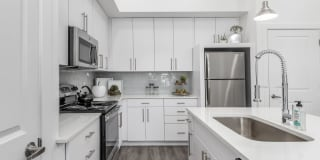 Rockpoint Apartment Homes Photo Gallery 1